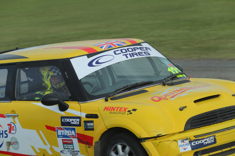 racing_news_steve-brown-scooped-a-double-podium-at-pembrey_1